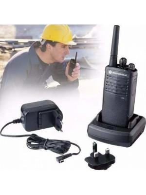 EP150  8 CANAIS  UHF rádio com acessórios Usado